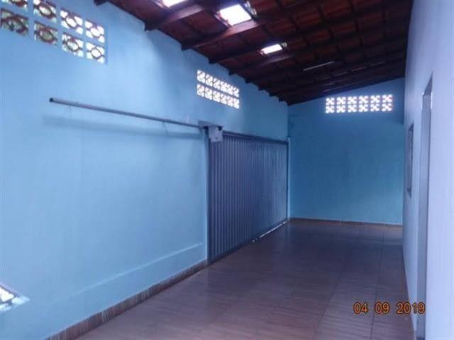 Casa para Venda em Uberlândia, Residencial Gramado, 3 dormitórios, 1 suíte, 2 banheiros, 2 - Foto 8