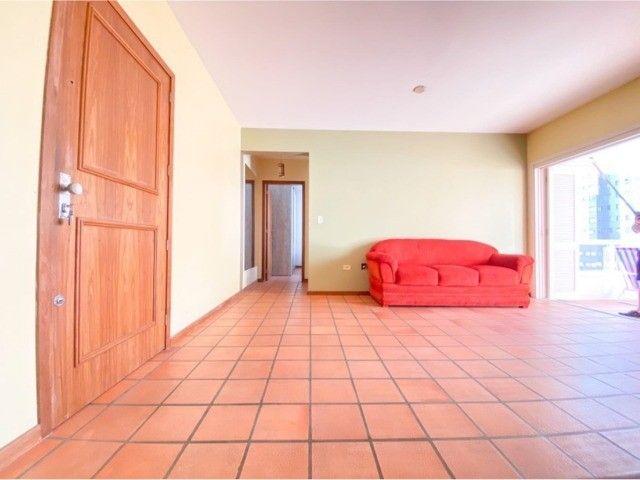 Lindo Apartamento Mobiliado junto as 4 Praças em Torres, 400mts do Mar. - Foto 11