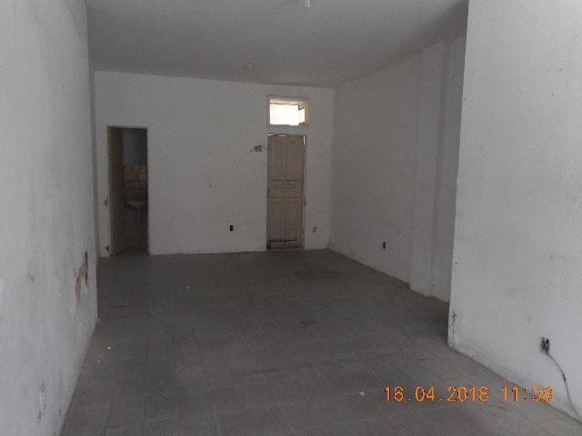 Vendo Galeria luiza rua itaporanga esquina com lagarto bairro centro - Foto 2