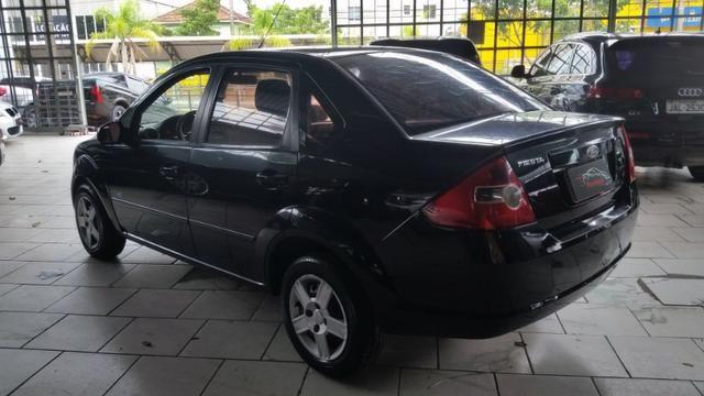 Ford Fiesta Sedan 1.0 Flex Completo - Foto 6