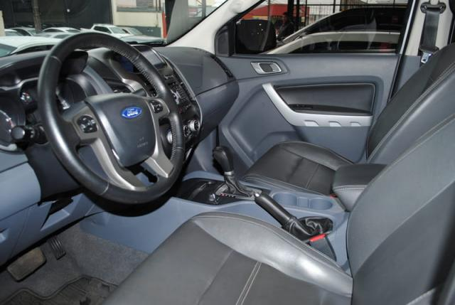 FORD RANGER LIMITED CD 4X4 3.2  2016 - Foto 8