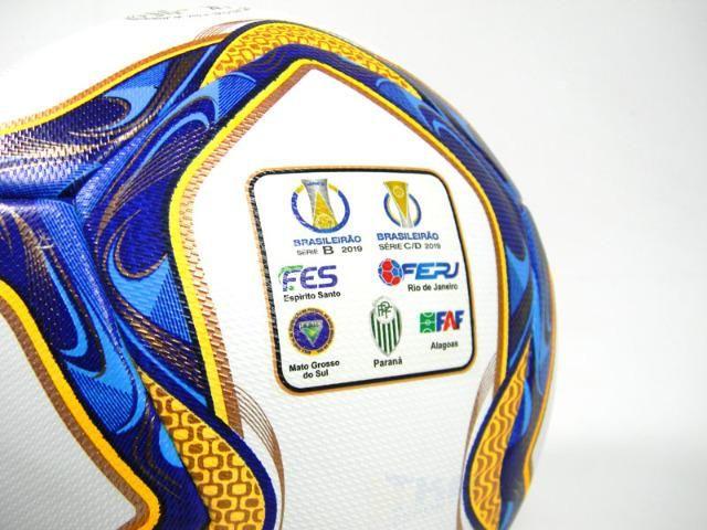 Bola topper Campo Velocity PRO Samba Paranaense Oficial - Esportes e ... b48655fb5ea2a
