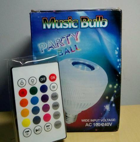Lâmpada Bluetooth musical com controle