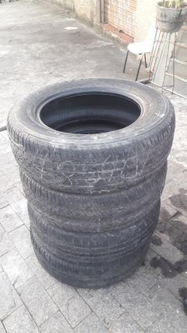 Pneus 205 65 R16