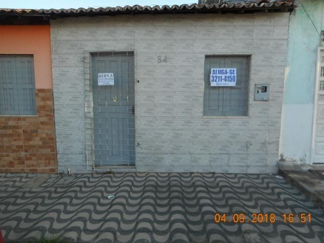 Casa na travessa iguaçu bairro 18 do forte