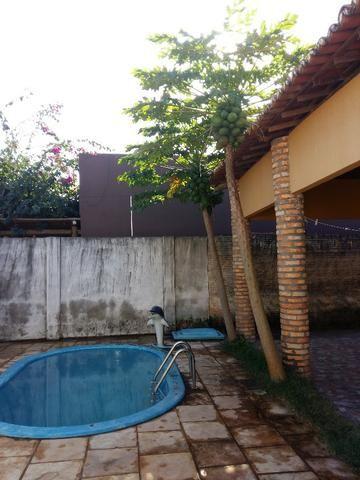 Ótima Casa com piscina e Ponto Comercial - Foto 13
