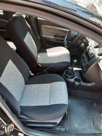 Ford Fiesta 2008 - Foto 10