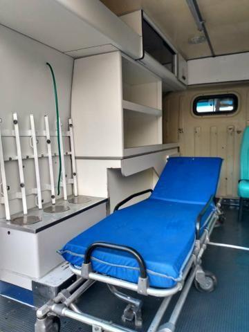 Ambulancia ducato 2004