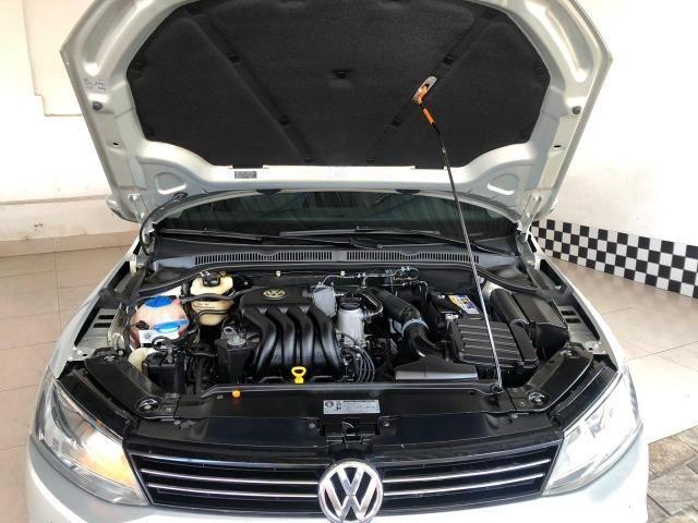 VW Jetta 2.0 - Foto 14