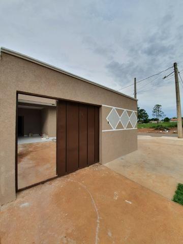 Casa de 3 Quartos- Lote de 275 M² - Bairro das Indústrias - Centro de Senador Canedo