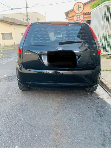 Fiesta hatch 1.6 completo - Foto 2
