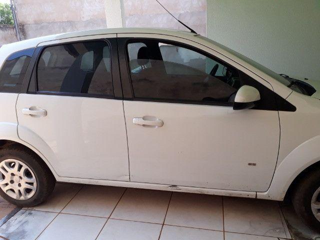 Vendo veículo Fiesta 13/14 - Foto 2
