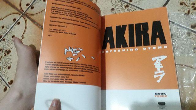 Mangá AKIRA vol 3 - inglês  - Foto 2