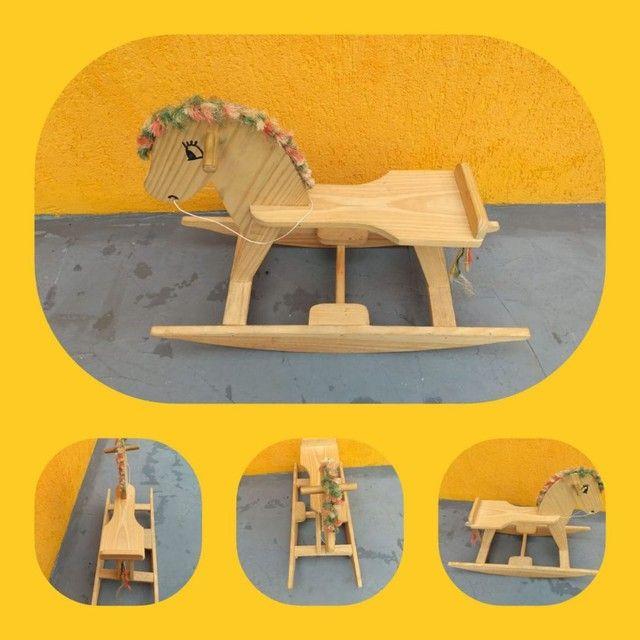 Cavalinho de balanço  - Foto 2