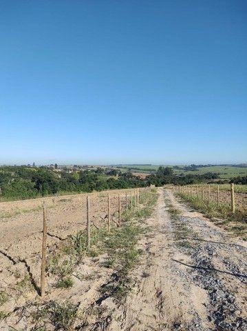 Artur Nogueira - Sitio 20.000m² - Vista panorâmica, mata c/ mina no fundo - Foto 4