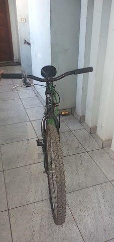 Vendo bicicleta aro26 - Foto 4