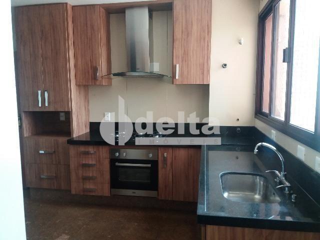 Apartamento para alugar com 3 dormitórios em Centro, Uberlandia cod:572064 - Foto 8