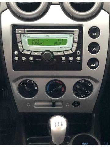 Ford Fiesta Sedan Sed. 1.6 8V Flex 4p - Foto 8