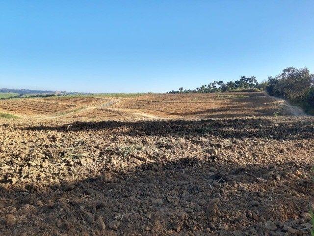 Artur Nogueira - Sitio 20.000m² - Vista panorâmica, mata c/ mina no fundo - Foto 6