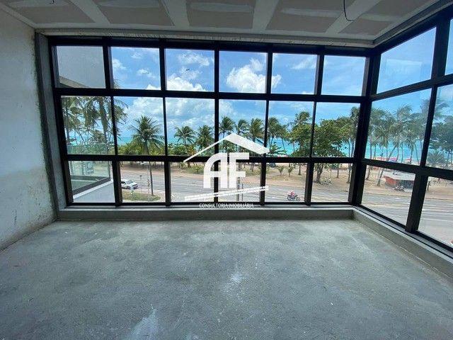 Apartamento beira mar com piscina na varanda - Ponta Verde - Foto 7