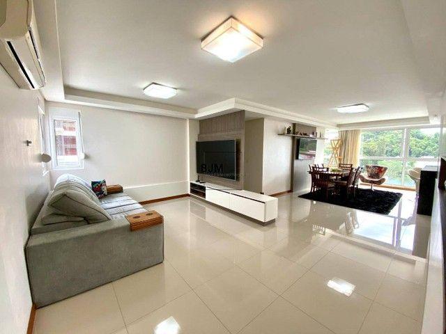 Apartamento com 3 dormitórios à venda, 124 m² por R$ 830.000,00 - América - Joinville/SC
