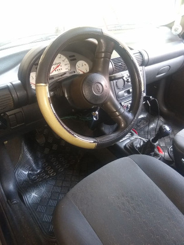 Corsa Hatch 4 portas 2001 - Foto 4