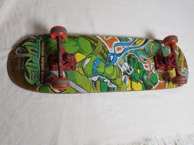 Skate das tartarugas ninja e Capacete Juvenil - Foto 4