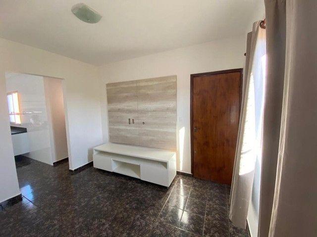 Apartamento para Venda em Uberlândia, Jardim Ozanan, 2 dormitórios, 1 suíte, 2 banheiros,
