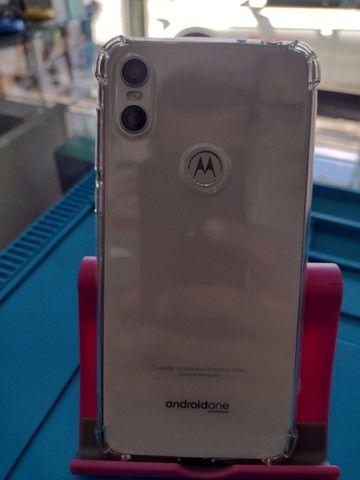 Motorola One Polar 64 GB Impecável!!! - Foto 2