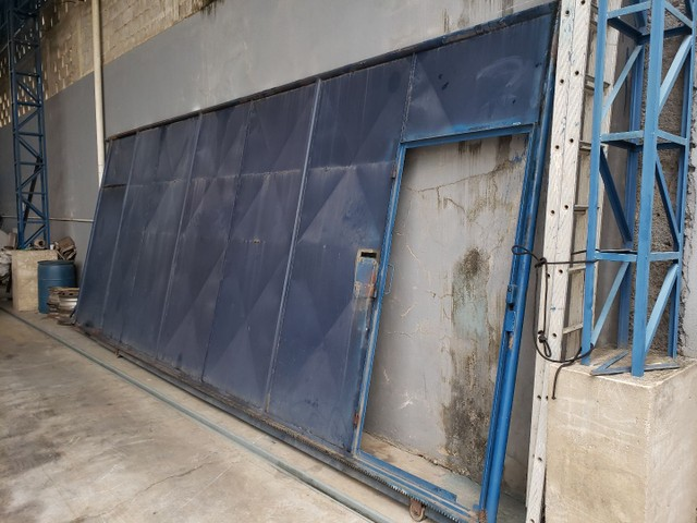 Vendo portão usado de Aço  - Foto 2