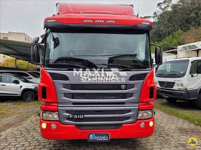 Scania P-310 2015 8x2 Baú  - Foto 5