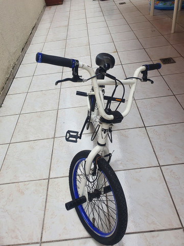 Vendo Bicicleta para Manobras Totem Promax - Foto 2