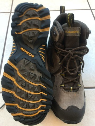 Vendo bota outdoor masculina NOVA - Foto 2
