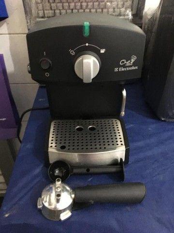 Cafeteira Elétrica Eletrolux Chefe Crema Manual - Foto 5