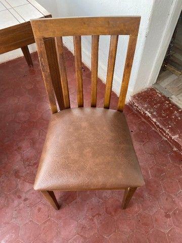 Mesa expansível de madeira com 4 cadeiras - Foto 6