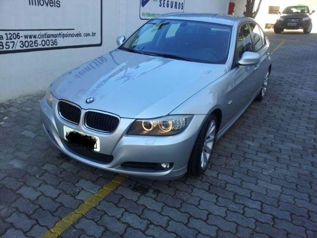 Bmw 320ia Revisada, com manual e chave reserva