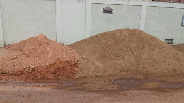 Areia média e barro