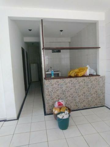 Apartamento 2/4 com garagem no Luis Anselmo