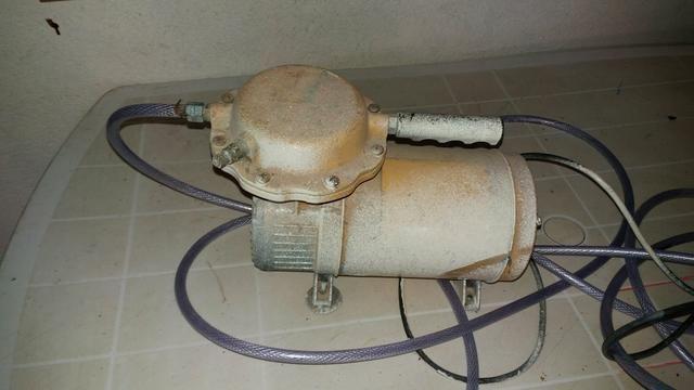 Vendo um compressor de ar