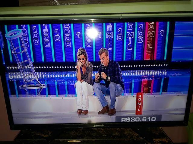 Vendo TV de led panasonic 32 p nova 550reais
