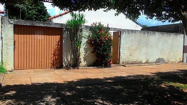 Casa 03 quartos - terreno 12,5 x 50 - Santos Dumont
