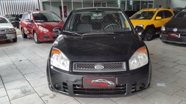 Ford Fiesta Sedan 1.0 Flex Completo - Foto 2