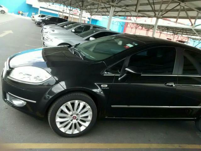 Vendo Fiat Linea Absolute. Motor e-Torq 1.8