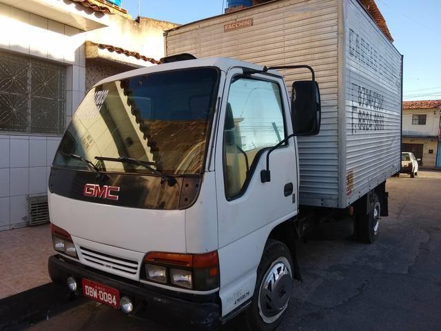 Vendo um caminhão GMC - Foto 4
