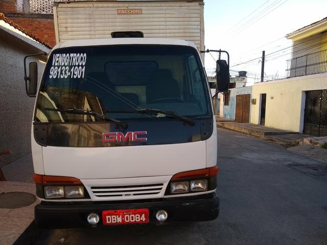 Vendo um caminhão GMC - Foto 2