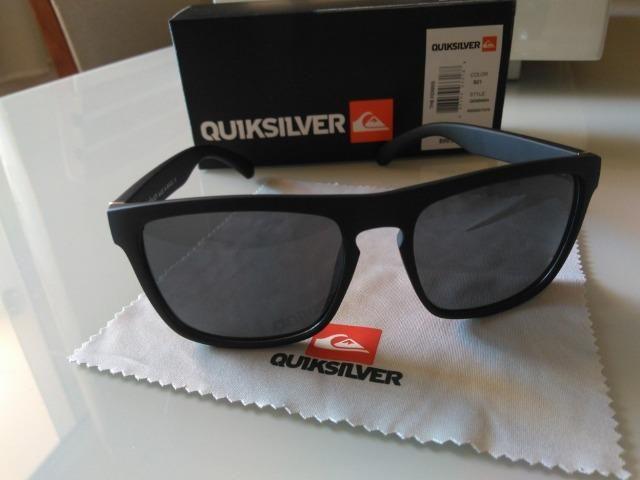 Óculos De Sol Quicksilver Modelo The Ferris Masculino Uv 400 ... 88b19bfd4c