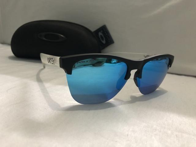 41e05b574 Óculos Oakley Frogskins Lite Oo9374 - Bijouterias, relógios e ...