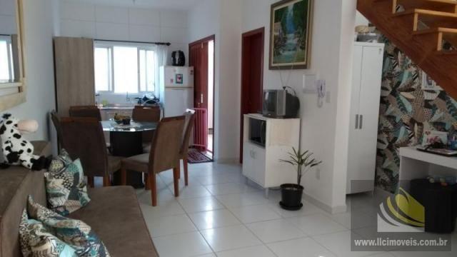 Casa para Venda em Imbituba, VILA NOVA ALVORADA - DIVINÉIA, 2 dormitórios, 2 banheiros, 1