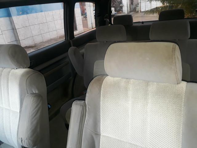 Vendo minivan MAZDA MPV 7 lugares - Foto 7