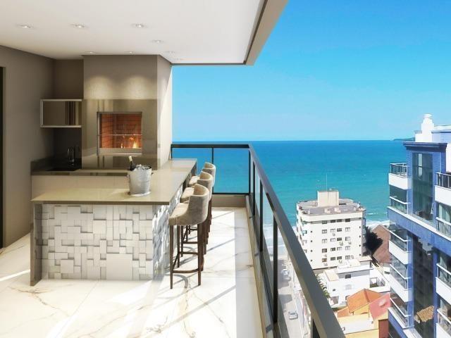 AP838 Apartamento próximo do mar,03 suítes,completo lazer,em Meia Praia